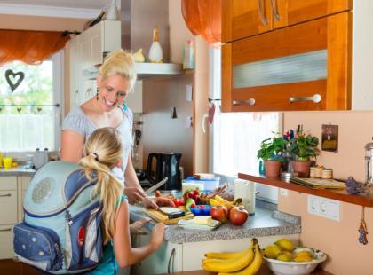 Jak powinny się odżywiać dzieci i młodzież w wieku szkolnym?
