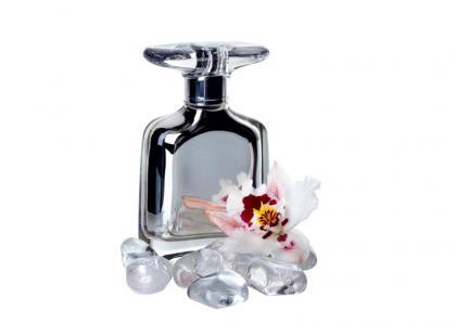 Jak powstają perfumy na zamówienie