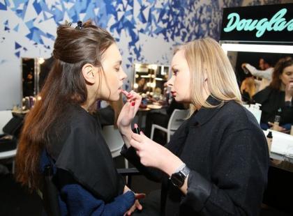 Jak powstawał makijaż modelek na Flesz Fashion Night?