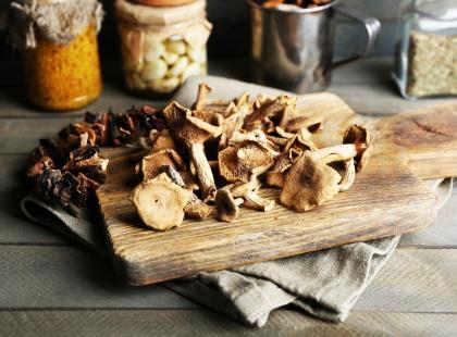 Jak przechowywać suszone grzyby? Sprawdzone porady!