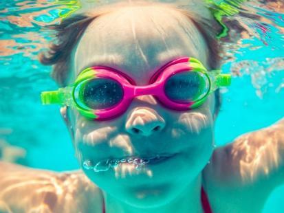 Jak przygotować dziecko do pierwszej wizyty w termach lub na basenie?
