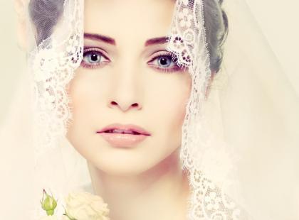 Jak przygotować się do mierzenia sukni ślubnej?