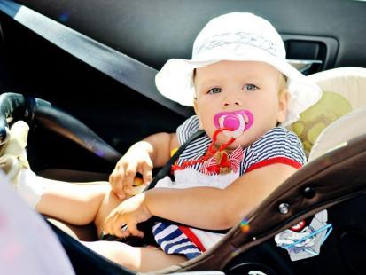 Jak radzić sobie z chorobą lokomocyjną u dziecka?