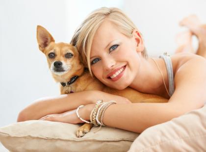 Jak radzić sobie z linieniem psów?