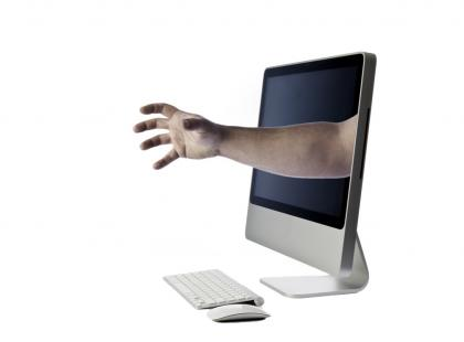 Jak rodzi się cyberprzemoc?