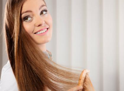 Jak rozczesywać włosy, żeby ich nie uszkodzić?