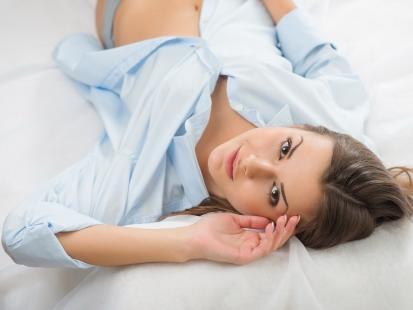 Jak rozpoznać i leczyć zakażenie układu moczowego (ZUM)?