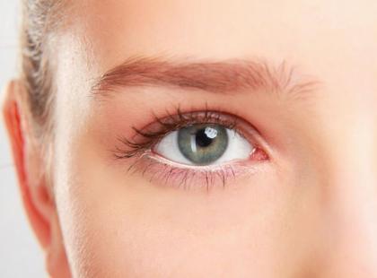 Jak rozpoznać i leczyć zapalenie spojówek?