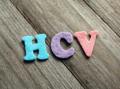 Jak rozpoznać objawy zarażenia wirusem HCV? Łatwo je przegapić!