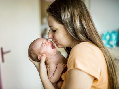 Jak rozpoznać ostre zapalenie wyrostka robaczkowego u dziecka? Zwróć uwagę na charakterystyczny ból brzucha!