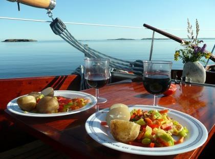 Jak się odżywiać w czasie podróży?