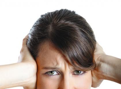 Jak się pozbyć szumu w uszach