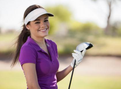 Jak się ubrać modnie na golfa?