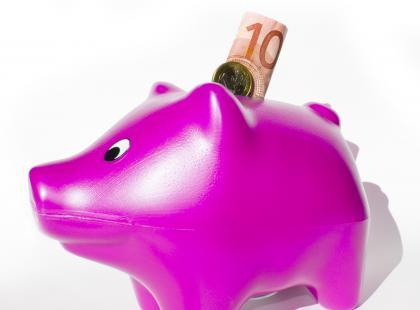 Jak skutecznie nauczyć dziecko oszczędzania?