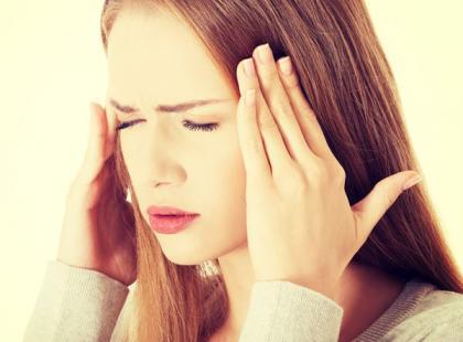 Jak skutecznie powstrzymać atak migreny?