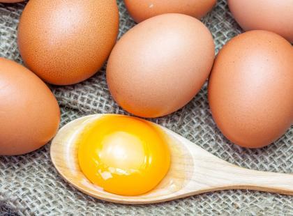 Jak sprawdzić, czy jajko jest świeże?