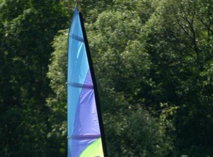 Jak trymować sprzęt windsurfingowy by zyskać na prędkości?