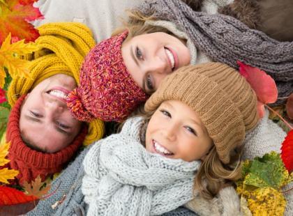 Jak uniknąć przeziębienia i czerpać radość z jesiennej aury?