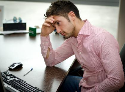 Jak uniknąć żylaków w siedzącej i stojącej pracy?