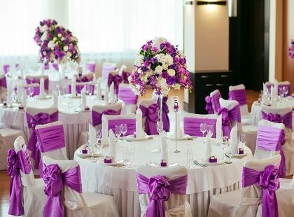 Jak usadzić gości weselnych?