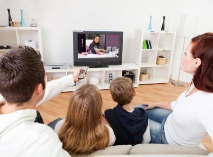 Jak ustawić telewizor w pokoju?