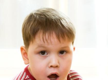 Jak usunąć ciało obce  z nosa dziecka?