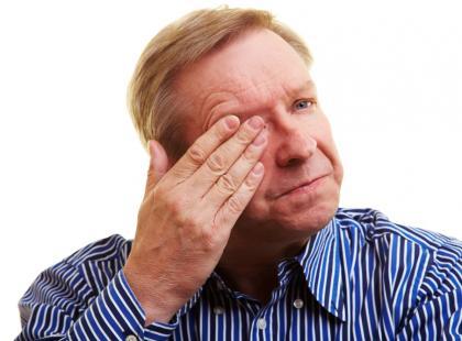 Jak usunąć piasek z oka, nosa lub ucha?