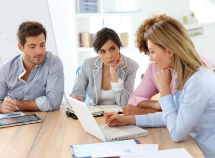 Jak utrzeć nosa wrednej koleżance z pracy?