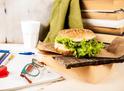 Jak utrzymać dietę w miejscu pracy?