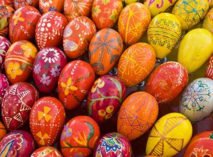 Jak w oryginalny sposób ozdobić jajka na Wielkanoc?