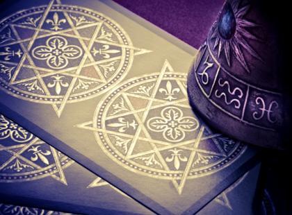 Jak wróżyć z kart - rozkład cygański