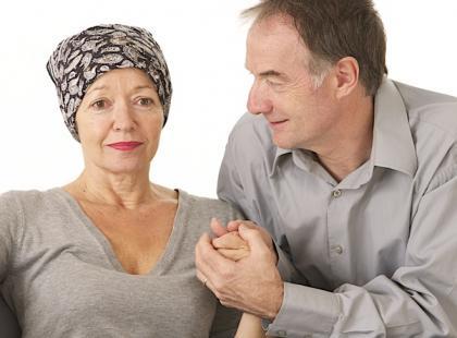 Kobieta podczas leczenia nowotworowego/fot. Fotolia
