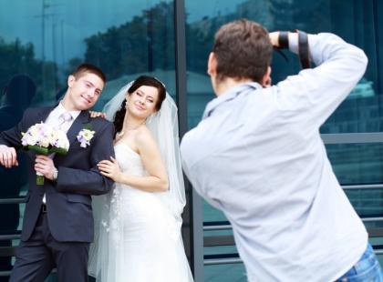 Jak wybrać dobrego fotografa na ślub?