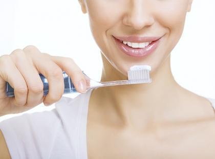 Jak wybrać najlepszą szczotkę do zębów?
