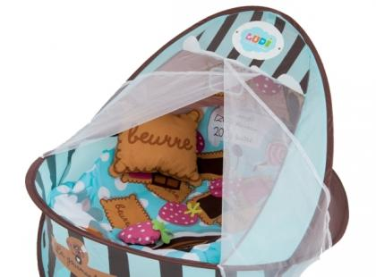 Jak wybrać odpowiednie łóżeczko turystyczne dla niemowlaka?