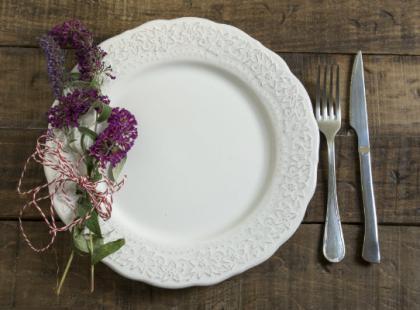 Jak wybrać odpowiednie menu na przyjęcie?