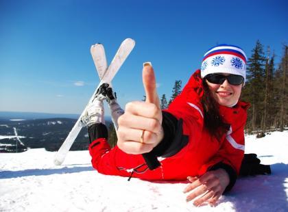 Jak wybrać odzież narciarską? Zobacz porady eksperta