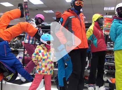 Jak wybrać porządną kurtkę narciarską? [video]