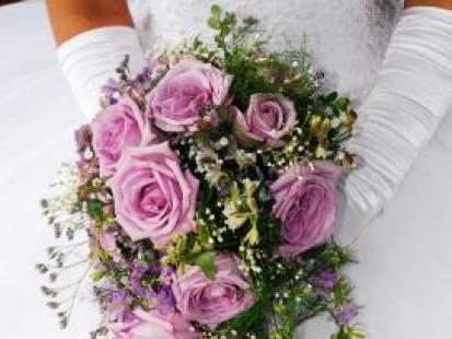 Jak wybrać wiązankę ślubną