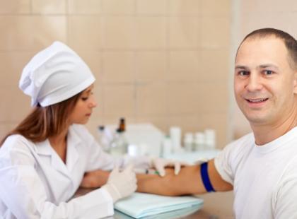 Jak wybrać właściwe szczepienia zalecane przed wyjazdem?