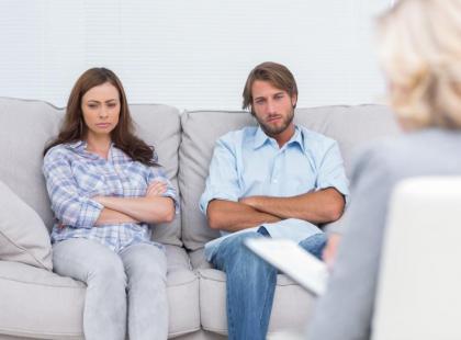 Jak wyglądają mediacje małżeńskie i rodzinne?