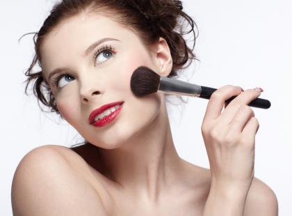 Jak wykonać makijaż w 5 minut