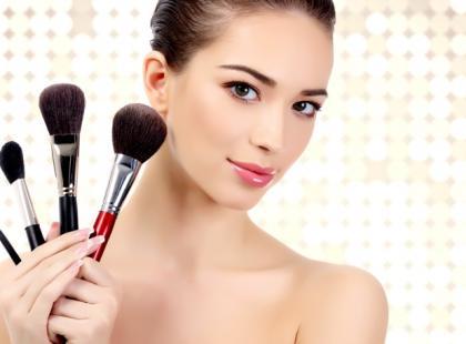 Jak wymodelować idealny kontur twarzy?
