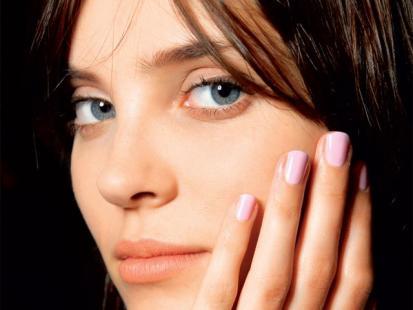 Jak wzmocnić cienkie paznokcie