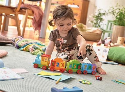 Jak zachęcić dziecko do sprzątania zabawek?