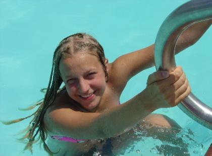 Jak zacząć pływać, gdy nie lubimy wody?