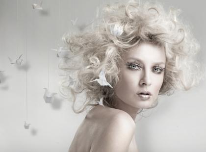 Jak zadbać o włosy przed świętami?