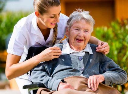 Jak załatwić usługi opiekuńcze?