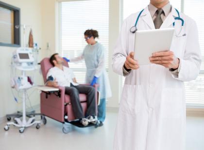 Jak zapobiegać nudnościom i wymiotom związanym z chemioterapią?