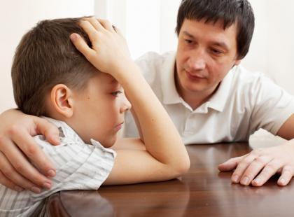 Rozmowa ojca z synem/fot. Fotolia